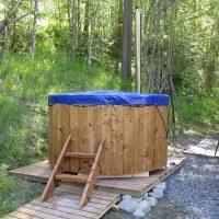 hot-tub-round-outside-9